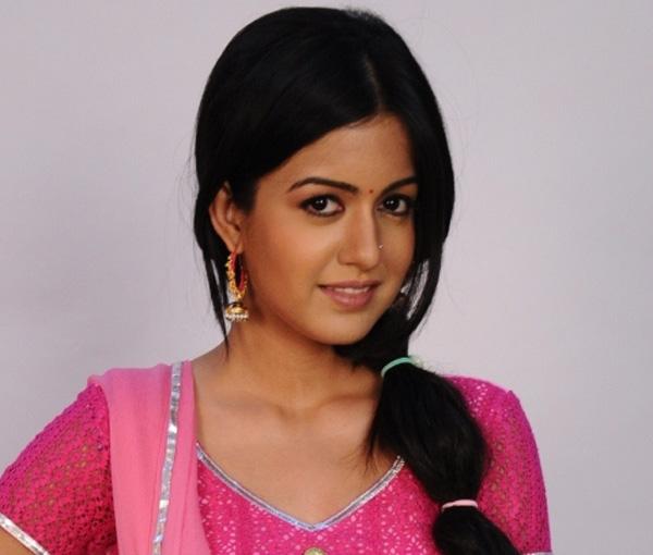 Star plus actress name